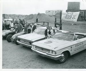 1963 Ak Miller On Left Bobby Unser Jc Agajanian In Middle Parnelli Jones On Right